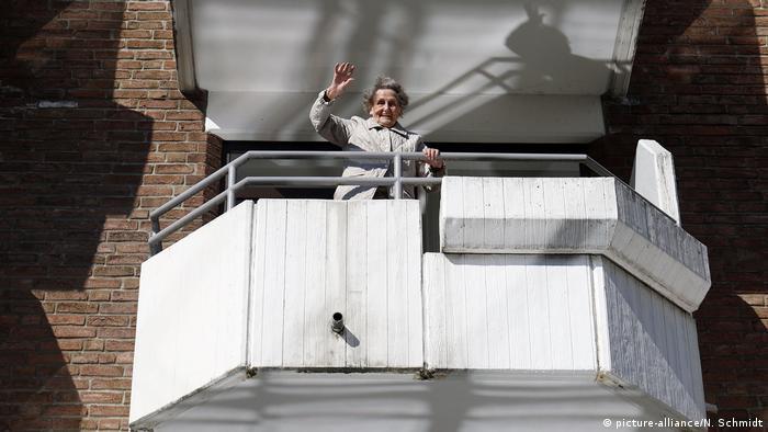 An elderly 96-year-old resident of a nursing home in Düsseldorf
