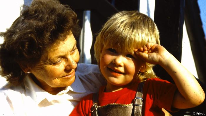 Oma Lotte and her granddaughter Sandra 33 years ago