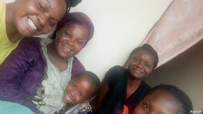 Uganda Kampala | Stella Nbapolo & Familie