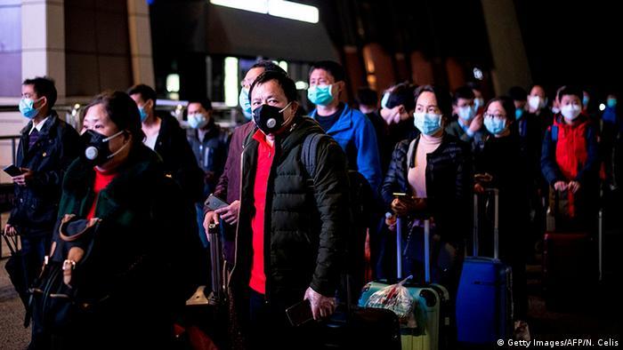 Koruyucu önlemler çerçevesinde maske takmak hâlâ zorunlu