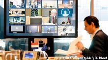 2020-04-07 15:20:21 Der niederländische Minister Wopke Hoekstra hat während einer Videokonferenz mit den EU-Finanzministern in Den Haag, Niederlande, 7. April 2020, darüber gesprochen, mit welchen Mitteln der wirtschaftliche Schlag der Koronakrise absorbiert werden sollte. ANP BART MAAT |