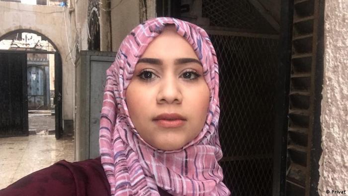 Amal Yarisi, a journalist in Sanaa