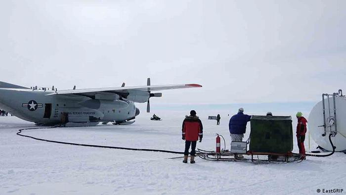 A US Airforce military transport plane refuels after resupplying the EastGRIP camp in Greenland