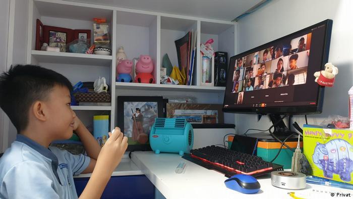 Singapur Lockdown E-Learning