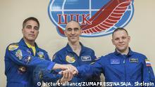 Kasachstan | Crew der Sojuz MS16 vor Start in Baikonur