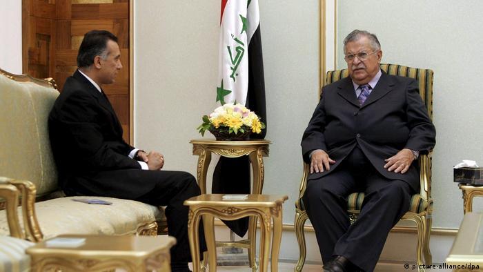 El presidente iraquí Barham Saleh anunció que encargó al jefe de inteligencia Mustafá al Kazimi que forme un gobierno, después de que el exgobernador de Nayaf, Adnan Zorfi, renunciara poco antes. Kazimi, a diferencia de Zorfi, cuenta con el apoyo de casi todos los partidos políticos. Antes que él, Mohamed Alaui y Adel Abdel Mahdi estuvieron en el cargo (09.04.2020).