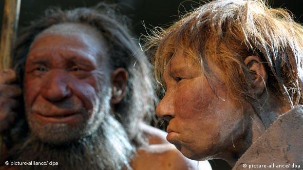 Flash-Galerie Neandertalerin im Sommerkleid