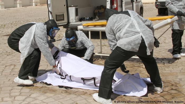 Tunesien Coronavirus Weiße Operation in Tunis (picture-alliance/ZUMAPRESS/SOPA Images/J. Wassim)