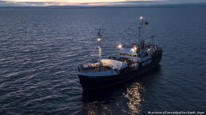 Rettungsschiff Alan Kurdi | Hilfsorganisation Sea Eye (picture-alliance/dpa/Sea-Eye/K. Jäger)