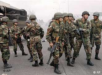 Chilenische Soldaten (Foto: AP)