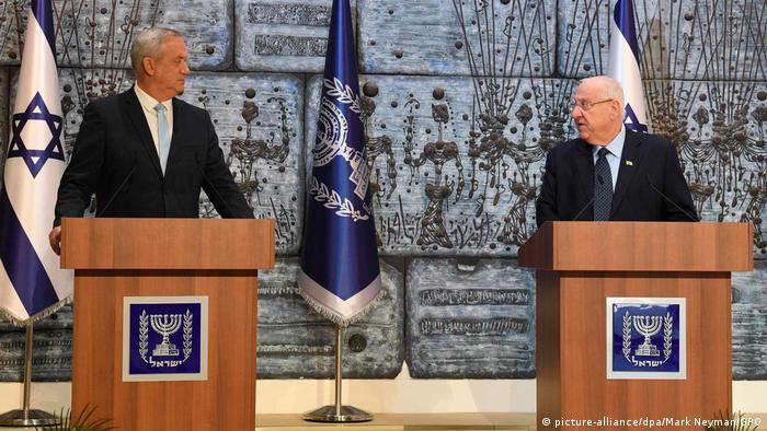 Israel Jerusalem | Benny Gantz, Blau-Weiß & Reuven Rivlin, Staatspräsident (picture-alliance/dpa/Mark Neyman/GPO)
