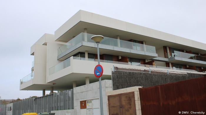 صورة لفندق في مدريد عاصمة اسبانيا في 13 أبريل 2020 في اوج جائحة كورونا التي اضرت باقتصاديات اسبانيا