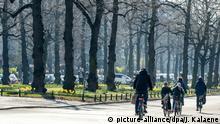 Berlin | Radfahrer in der Schloßstraße