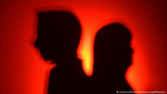 Symbolbild Mann Frau Silhouette