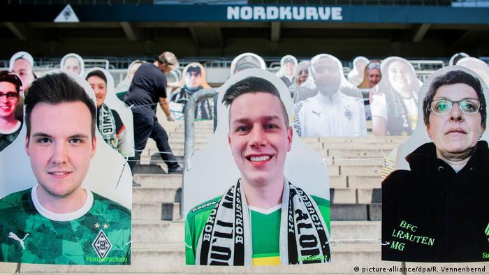 Coronavirus - Borussia Mönchengladbach Pappfiguren im Stadion (picture-alliance/dpa/R. Vennenbernd)