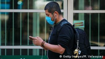 Empresas como Google y Apple usan los datos de teléfonos celulares para determinar la movilidad en tiempos del coronavirus.