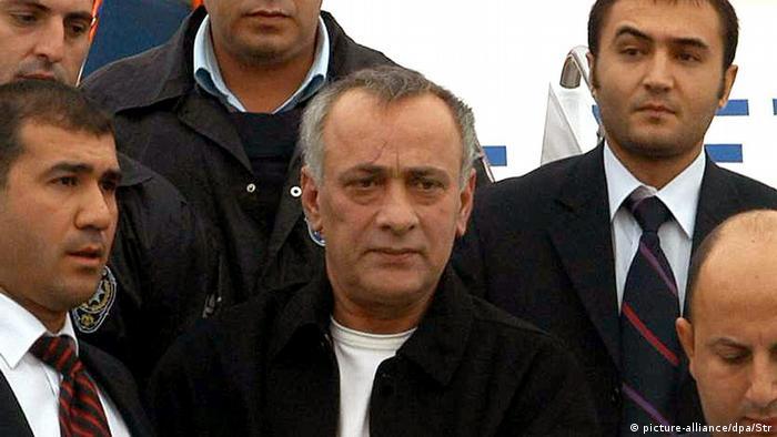 Alaattin Çakıcı cezaevinden çıkmadan Sedat Peker yurt dışına kaçtı