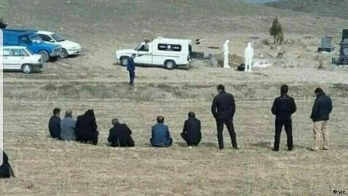 خاکسپاری قربانیان کرونا در ایران