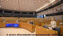Belgien Coronavirus - Sondersitzung des Europäischen Parlaments | Ursula von der Leyen