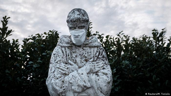 BG Italien im Lockdown | Familie in San Fiorano (Reuters/M. Toniolo)