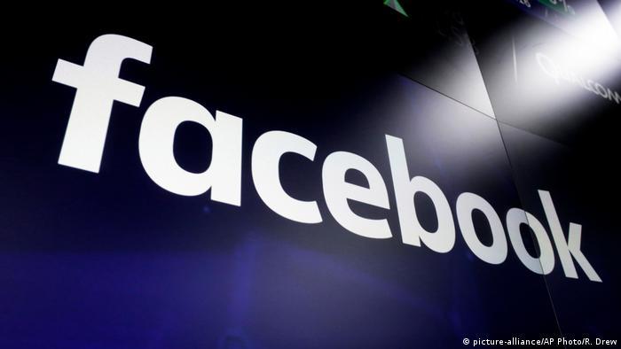 Facebook Logo Schritftzug