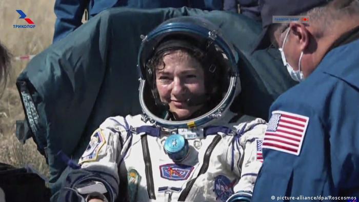 Raumfahrer mit Sojus-Kapsel von ISS zurückgekehrt (picture-alliance/dpa/Roscosmos)