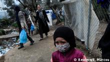 Griechenland Lesbos | Kind mit Mundschutz im Moria Camp