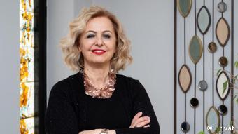 Prof. Dr. Esin Davutoğlu Şenol