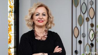 Prof. Dr. Esin Şenol