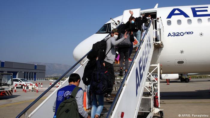أسئلة وأجوبة حول اللاجئين القصر