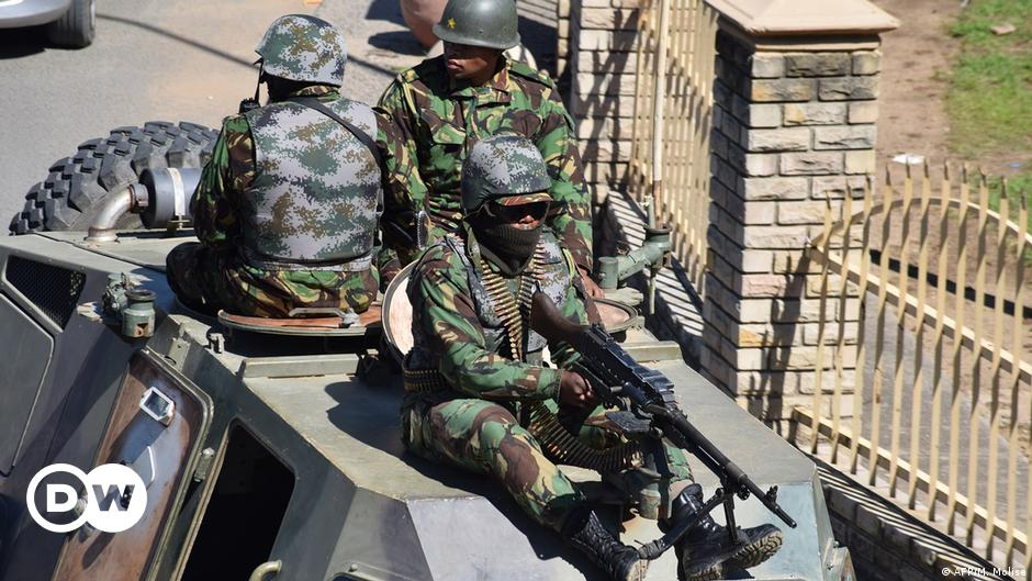 South African forces free ministers kidnapped by veterans