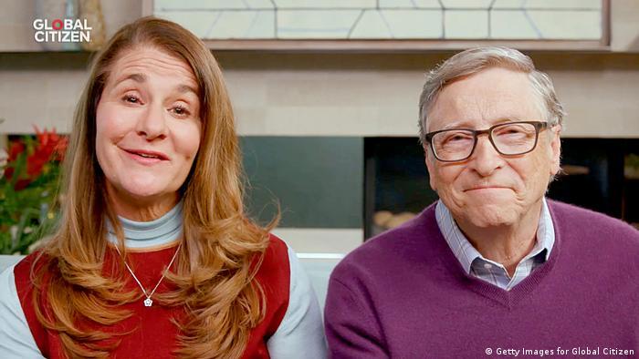 Бил Гейтс със съпругата си Мелинда