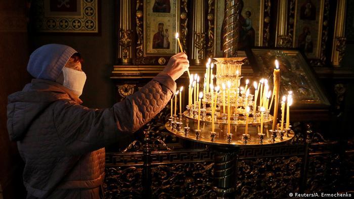 Ukraine Donezk Osterfeier Orthodoxe Kirche