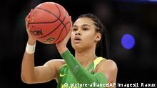Oregon forward Satou Sabally (0) aims for a free throw during the second half of a women's Final Four NCAA college basketball semifinal tournament game against the Baylor, Friday, April 5, 2019, in Tampa, Fla. (AP Photo/John Raoux) |