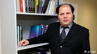 Doç. Dr. Alper Kaliber