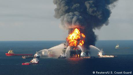 Oil spills: Good for growth, terrible for the environment
