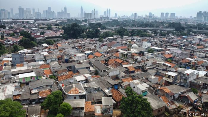 A view of the Tanah Rendah slum from above