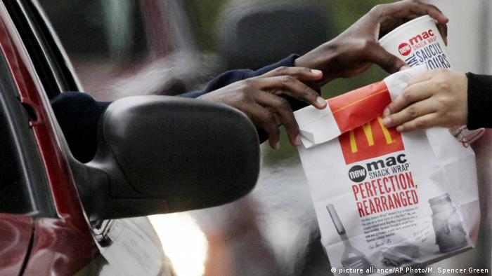 USA Chicago| Fast Food Restaurants | McDonalds (picture alliance/AP Photo/M. Spencer Green )