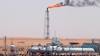 Αυτή την περίοδο κανείς δεν χρειάζεται πετρέλαιο - από τους αεροπορικο'υς στόλους μέχρι τους απλούς καταναλωτές