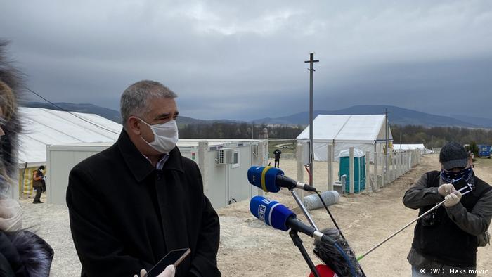 Šuhret Fazlić pred kampom Lipa