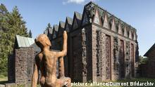 Jesteburg: Kunststaette Bossard, Gesamtkunstwerk von Architektur, Bildhauerei, Malerei, Kunstgewerbe und Gartenkunst, Lueneburger Heide   Verwendung weltweit