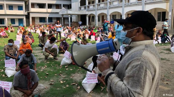Bangladesch MP Naimur Rahman Durjoy verteilt Hilfsgüter (Privat)