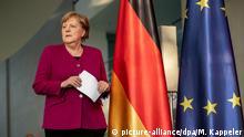 23.04.2020, Berlin: Bundeskanzlerin Angela Merkel (CDU), nimmt an einer Pressekonferenz nach der Videokonferenz des Europäischen Rats teil. Foto: Michael Kappeler/dpa-Pool/dpa | Verwendung weltweit