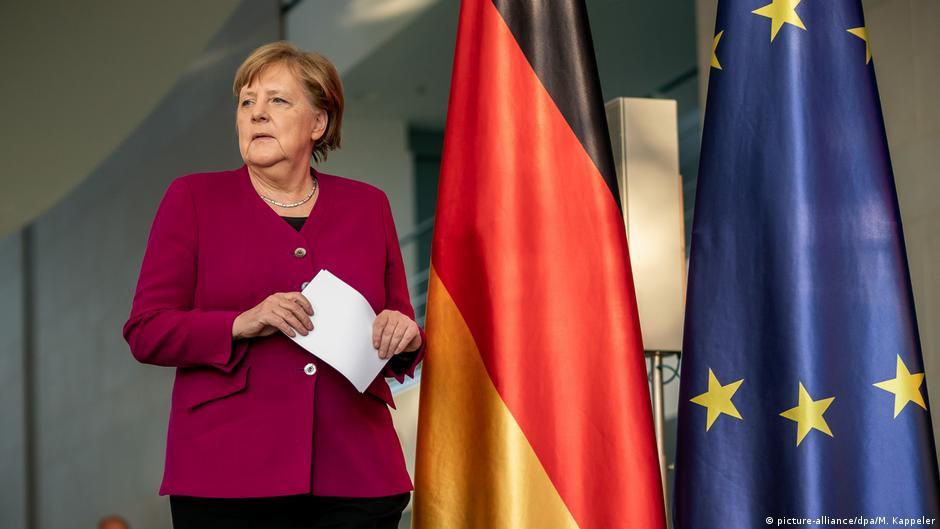 Merkel'den AB'ye daha fazla destek sinyali