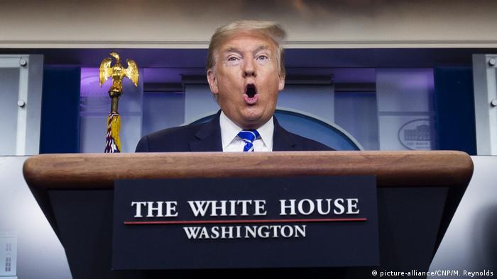 Washington Weißes Haus Coronavirus PK Trump (picture-alliance/CNP/M. Reynolds)