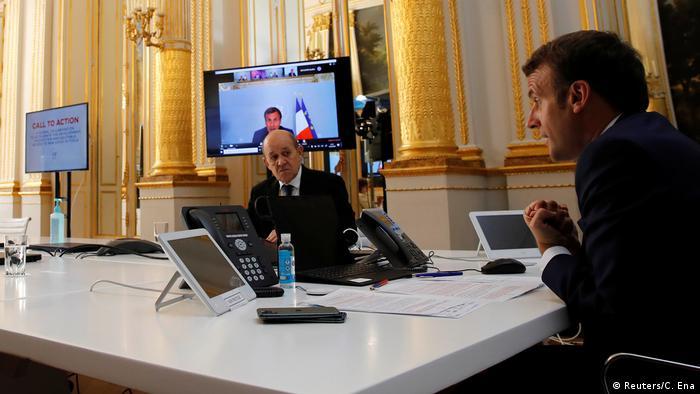 Frankreich Paris | Coronavirus | Emmanuel Macron & WHO, Video-Konferenz (Reuters/C. Ena)