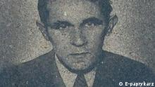 Bruno Schulz (* 12. Juli 1892 in Drohobycz, damals Österreich-Ungarn, heute Ukraine; † 19. November 1942 ebenda) war ein polnisch-jüdischer Schriftsteller, Literaturkritiker, Graphiker und Zeichner. Quelle: Wikipedia http://en.wikipedia.org/wiki/File:Drohobycz_bruno_schulz_08_2008.jpg Description Drohobycz bruno schulz 08 2008.jpg Polski: Portret Schulza z tablicy domu w Drohobyczu Date 08.2008(08.2008) Source Own work Author E-paprykarz Permission (Reusing this file) See below. Permission is granted to copy, distribute and/or modify this document under the terms of the GNU Free Documentation License, Version 1.2 or any later version published by the Free Software Foundation; with no Invariant Sections, no Front-Cover Texts, and no Back-Cover Texts. A copy of the license is included in the section entitled GNU Free Documentation License.