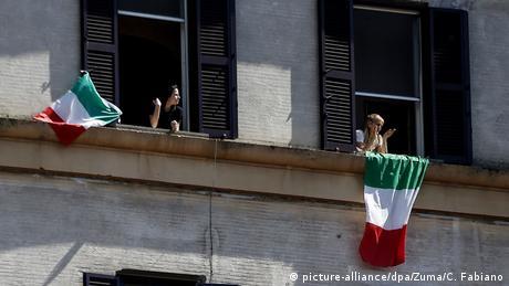 Ιταλία: Υποσχέσεις και πιέσεις για τα μέτρα στήριξης