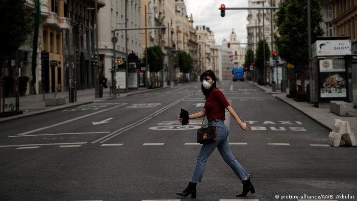 Spanien Madris Coronakrise Ausgangssperre leere Straßen