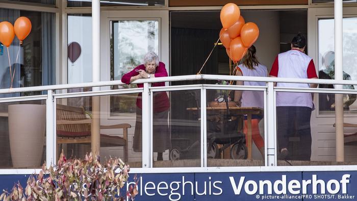 Niderlande Eindhoven Koningsdag 2020 (picture-alliance/PRO SHOTS/T. Bakker)